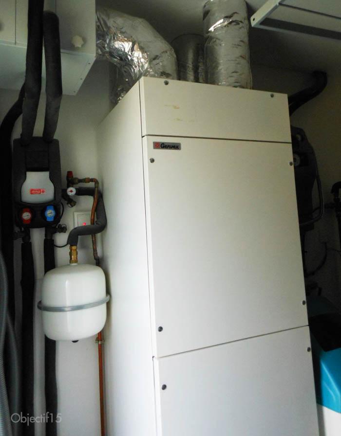 Système Intégré de ventilation, chauffage et eau chaude dans une maison passive
